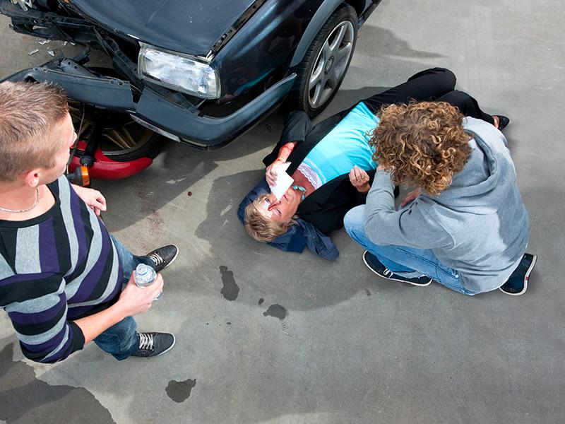 Los Mejores Abogados Especializados en Demandas de Lesiones Personales y Accidentes de Auto en West Covina California