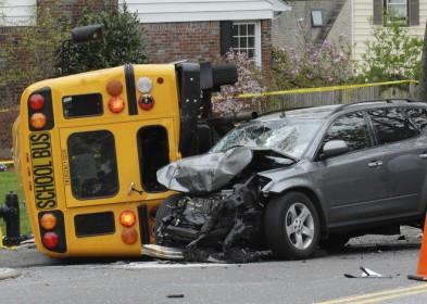 Los Mejores Abogados en Español Expertos en Demandas de Accidentes de Camión en West Covina California