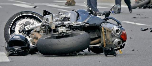 La Mejor Oficina Legal de Abogados Especializados en Accidentes, Choques y Percances de Motocicletas, Motos y Scooters en West Covina California