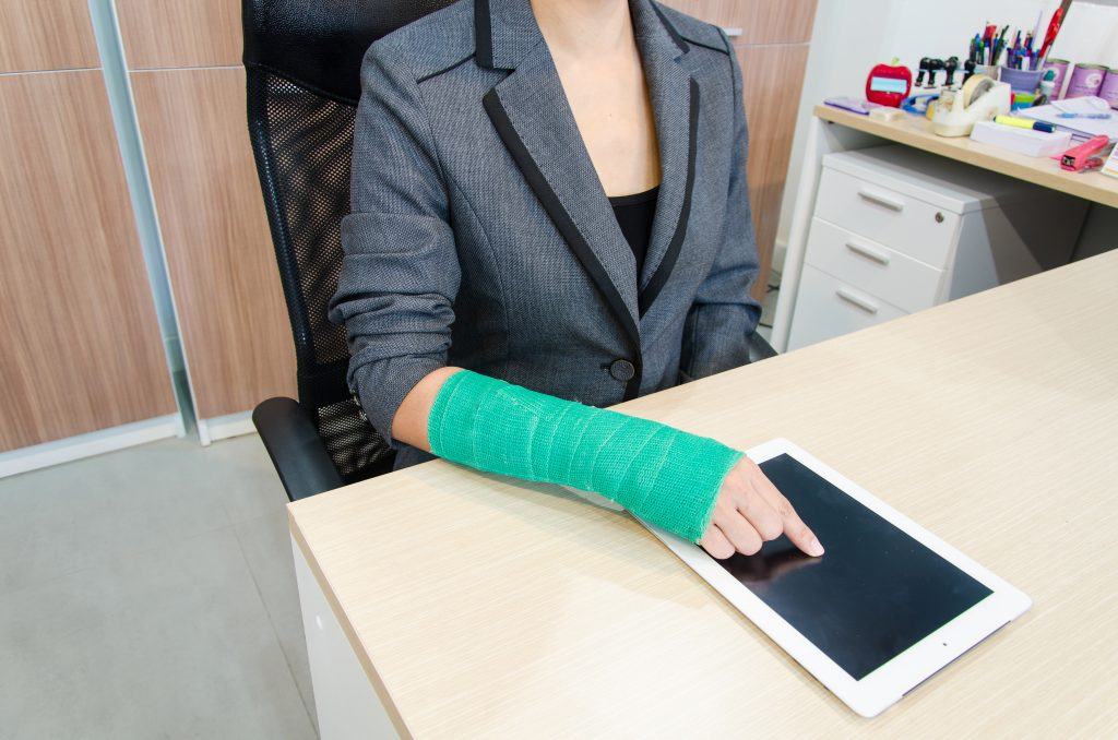 La Mejor Asesoría Legal de Abogados de Accidentes de Trabajo, Demanda de Derechos y Beneficios Cercas de Mí en West Covina California